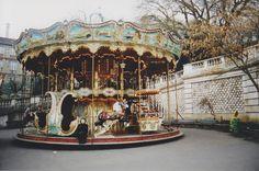 elin at carousel, paris