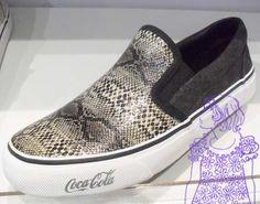 tendências em texturas, materiais e detalhes [sapatos]  Marca: Coca-Cola Shoes  Foto fornecida pela assessoria de imprensa da marca.