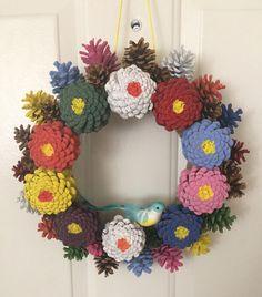 Pine Cone Art, Pine Cone Crafts, Pine Cones, Handmade Crafts, Diy And Crafts, Arts And Crafts, Grandma Crafts, Fall Deco, Diy Wreath