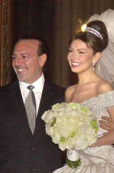 Thalia and Tommy Mottola Tommy Mottola, Thalia, Wedding Wows, Wedding Day, Pretty Wedding Dresses, White Flower Girl Dresses, Cute Actors, Celebrity Weddings, Getting Married