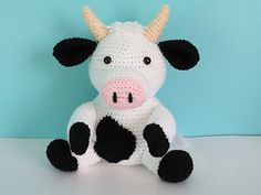 Camila the Cow - Crochet