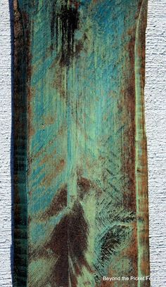 Awesome step-by-step on getting multiple colors onto old wood.
