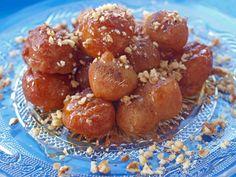 #Λουκουμάδες #nostimiesgiaolous Pretzel Bites, Donuts, Cookie Recipes, Bread, Cookies, Food, Frost Donuts, Biscuits, Essen