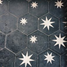 Star Tiles ZsaZsa Bellagio Home Sweet Home: Accent Black and White