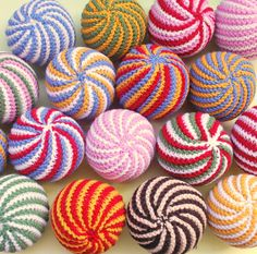 Crochet Mandala, Crochet Motif, Crochet Stitches, Crochet Patterns, Crochet Christmas Decorations, Crochet Decoration, Christmas Crafts, Etsy Christmas, Crochet Gifts
