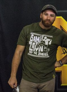 Sami Zayn back in mtl after nxt show in Orlando