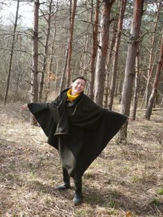 Woolen cashmere poncho in dark green with от Agartas7springs