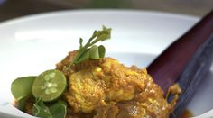 Try this quick and easy curry chicken recipe by Martin Yan from Back to Basics.