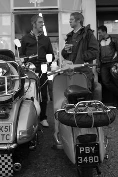 Mod Scooter, Rude Boy, Mod Fashion, Steve Mcqueen, Modernism, Way Of Life, Rockers, Scooters, Vintage Images