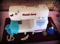 Sew Excellent! - My birthday cake, a sewing machine!!