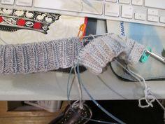 Ravelry: Thebug's Knit-Along 2016 Knitting Socks, Ravelry, Projects, Knit Socks, Log Projects, Sock Knitting, Tile Projects, Loom Knit