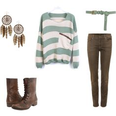 I'm obsessed with slouchy shirts, skinny jeans, and boots.