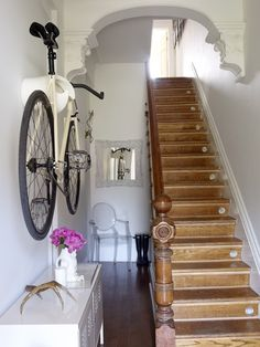 Entry hall stairs -- love the bike rack and own the Ikea locker! Bike Storage Home, Stair Storage, Bike Shelf, House Entrance, Entrance Hall, Apartment Living, Apartment Design, Apartment Ideas, Interior Exterior