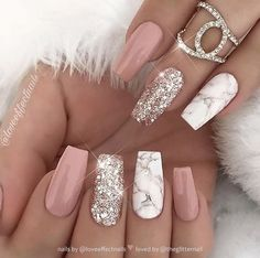42 fashionable pink and white nails designs ideas that you .- 42 fashionable pink and white nails designs ideas you want to try - White Nail Art, Pink Nail Art, Glitter Nail Art, Nail Art Rose, Acrylic Nail Designs Glitter, Rose Gold Nails, White Acrylic Nails With Glitter, Neutral Gel Nails, Nude Nails With Glitter