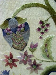 Crewel embroidery ro