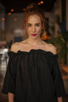 Táňa Pauhofová Red Hair, Redheads, Off Shoulder Blouse, Queens, Celebration, Celebrity, Actresses, Female, Girls