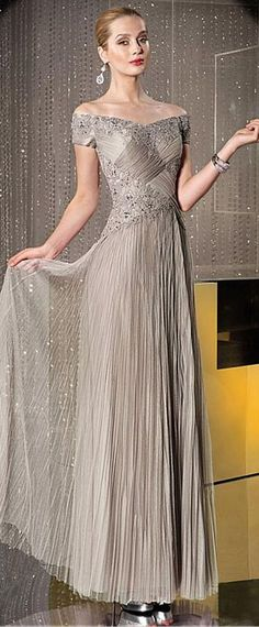 Chic Tulle Off-the-shoulder Neckline Floor-length A-line Mother Of The Bride Dress