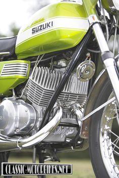Suzuki T350 Road Test | classic-motorbikes.net Vintage Bikes, Vintage Motorcycles, Custom Motorcycles, Custom Bikes, Suzuki Motorcycle, Motorcycle Engine, Suzuki Bikes, Ducati, Yamaha