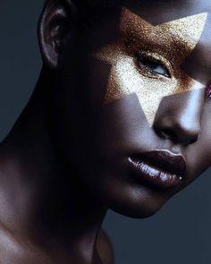Mehron Makeup Official on Instagram: Gorgeous work by @laurenkay.co.uk using Mehron Metallic Powder in Gold!