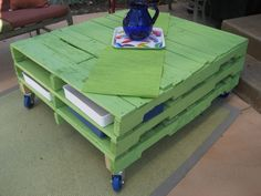 Shipping-Pallet-Furniture-19-600x450