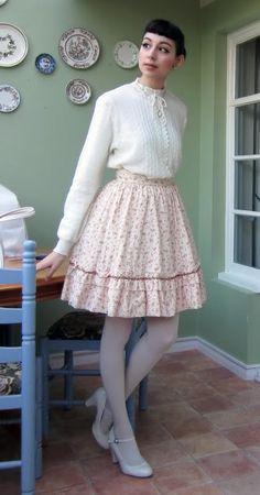 Coloured Tights, White Tights, Pantyhose Fashion, Pantyhose Outfits, Transgender Girls, Cozy Fashion, Lolita Dress, Lolita Fashion, Skirt Outfits