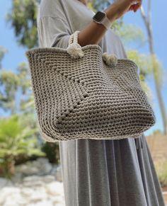 Crochet Wool, Crochet Winter, Crochet Stitches, Crochet Baby, Handmade Handbags, Handmade Bags, Crochet Bag Tutorials, Lace Bag, Crochet Market Bag