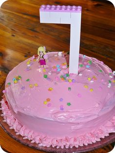 Simple Lego Friends Cake.
