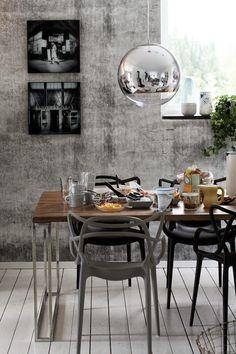 Idag var det bloggträff hemma hos Room by Sofie tillsammans med Anna Inreder, Daniella Witte och...