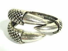 Claw Cuff Hinged Dragon Eagle Talon Bangle Silver Bracelet Vintage Fashion Jewelry  http://www.amazon.com/Hinged-Bracelet-Vintage-Fashion-Jewelry/dp/B008RH3UVE/ref=sr_1_6?s=jewelry=UTF8=1359237879=1-6