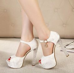 New Item Popular Fashion Ladylike Peep-toe Pure Color Crystal Heels Metal Decorated Platform Sandals