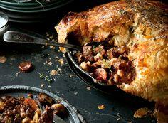 Beef, bacon and mushroom pie with dark Aussie ale