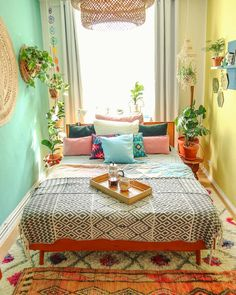 Awesome Bohemian Bedroom Designs and Decor - Bohemian Home Bedroom Bohemian Bedroom Design, Bedroom Designs, Bohemian Bedrooms, Eclectic Bedrooms, Colourful Bedroom, Decoration Design, Home And Deco, Eclectic Decor, Dream Rooms