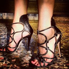 """Snake Charmer!!!! Love a sexy sandal moment!!!!  #BrianAtwood #thesexisintheheel"""