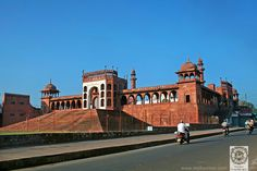 Pearl Mosque, Bhopal, India