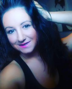 Gutenmorgen & ein wunderschönes #weekend  #manhattan #makeup #essence #marykay #douglas #fotd #ootd #potd #lowcarb #lchf #beauty #germany #greek #greekgirl #girl #germangirl #instagram #beautyguru #instatrain by familybook_youtube