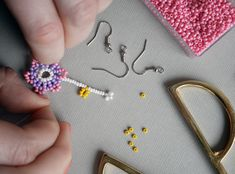 DIY guide: Beaded Pearl Earrings | Diverse | Fashionpolish Beading, Boxes, Pearl Earrings, Pearls, Summer, Handmade, Hama, Bead, Crates