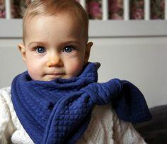 """Kit Le P'tit Moëlleux - Les Figues de Barbarie x Fil Etik - Matelassé """"Tendresse Bleue"""" en coton biologique, tricoté et teint en France."""