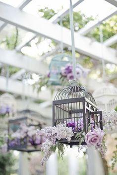 cages suspensions florales mariage lilas                                                                                                                                                                                 Plus