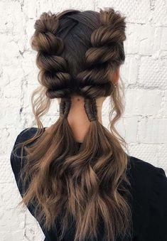 Searching for timeless, unique and easy braids to wear in these days? Here you may find easily best trends of braids to match perfectly with your face shape and hair textures. Different braids like waterfall braids, fishtail braids and rope braids are some examples which you may follow while creating the braid styles.