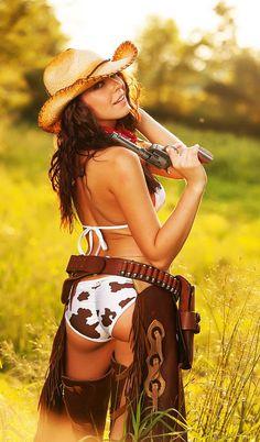 Country Girl Hotties
