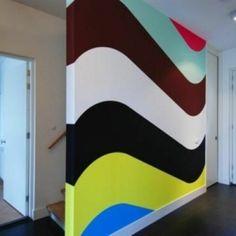 Frühling liegt in der Luft! Das ist die perfekte Angelegenheit für Sie, Ihre Wohnung zu erfrischen. Sie können eine Erneuerung auf unterschiedliche Art und Weise schaffen. Zum Beispiel, können Sie die Möbel umsetzen oder die Terrasse neu ausstatten. Und was denken Sie über eine frische neue Wandgestaltung? Darunter m... Room Paint, Painting Inspiration, Flag, Patio, Blue Accents, Creative Walls, Color Script, Paint, Science