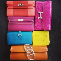 Tosca and Rose Tyrien Candy Kelly Wallet. Flamingo and Corail Flag Kelly Wallet. Rose S Shiny Niloticus Constance Wallet. Hermes Clutch, Hermes Wallet, Hermes Bags, Hermes Handbags, Hermes Birkin, Clutch Wallet, Couture Purses, How To Make Handbags, My Bags