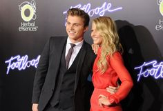 Kenny Wormald and Julianne Hough at event of Footloose.... love her style!