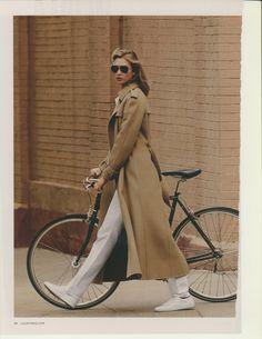 Karlie Kloos by Paola Kudacki Baby Bicycle, Bicycle Women, Paola Kudacki, Camel Coat, Black Women, Fashion Show, Classy, Street Style, Stylish