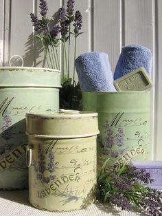 Ana Rosa - Lavender the wonder herb. Lavender Cottage, French Lavender, Lavender Blue, Lavender Fields, Lavander, Lavender Soap, Lavender Decor, Lavender Crafts, Lavender Bathroom