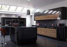 Cuisine noire et bois style minimaliste                                                                                                                                                                                 Plus