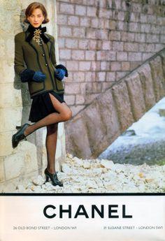 Christy Turlington for #Chanel Fall 1991