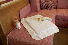 Immer bei Voranmeldung inklusive: eine Babyausstattung im Appartement von Babybett, über Babyphone bis hin zur Wickelauflage.