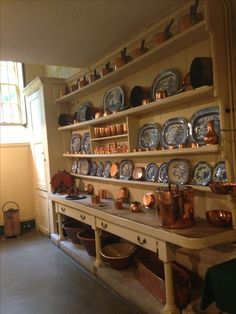 Misc. Blue Willow transferware and copper….lovely! Uppark house kitchen