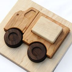 The best Montessori toys for your baby and toddler to encourage learning at a young age.